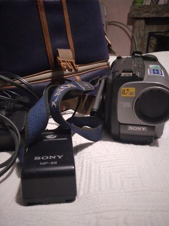 Продам кинокамеру Sony