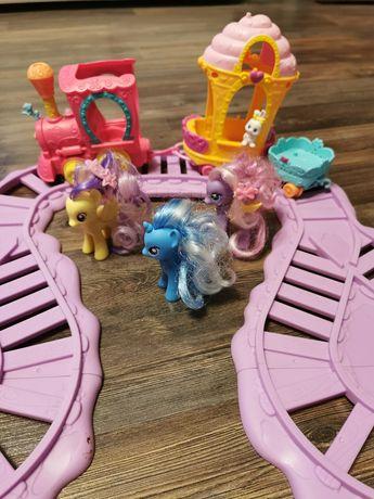 Pociąg z kucykami pony
