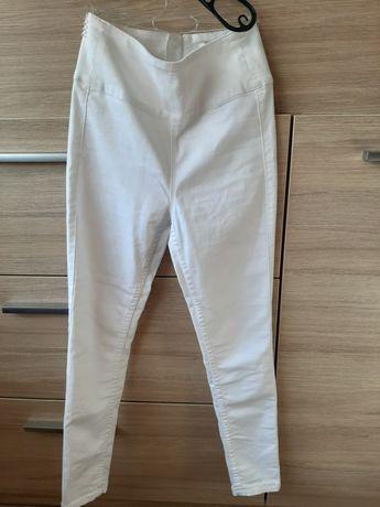 Spodnie z wysokim stanem 32-34