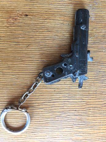 Брелок СССР пистолет