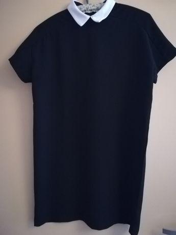 Piękna sukienka sinsay z kołnierzykiem S