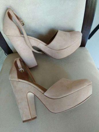 Sapato com plataforma novos n 39