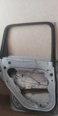 Двери ford c max ghia 2008
