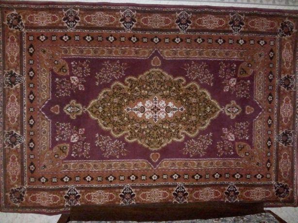 Продам ковёр шерстяной 3\2 изготовлен в Монголии