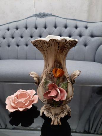 Ozdobny wazon ceramiczny vintage
