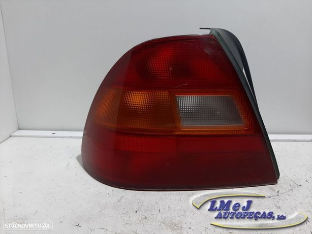 Farolim Usado HONDA/CIVIC VI 1er modelo Hatchback 1996