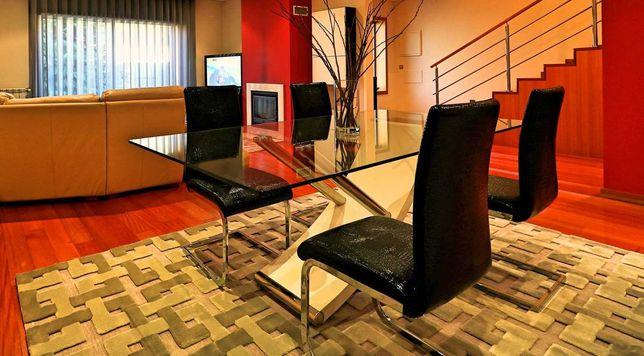 Cadeiras de sala de jantar novas