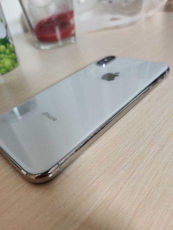 iPhone X 256 GB Neverlock Silver перед-зад 10/10