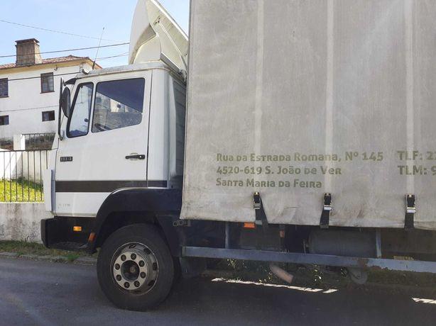 Camião Mercedes 1114 em bom estado