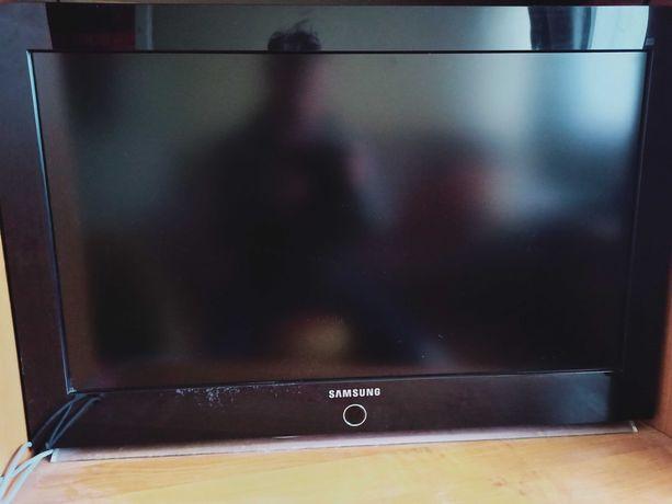 "Telewizor Samsung 32"" 2xHDMI VGA i inne wejścia"