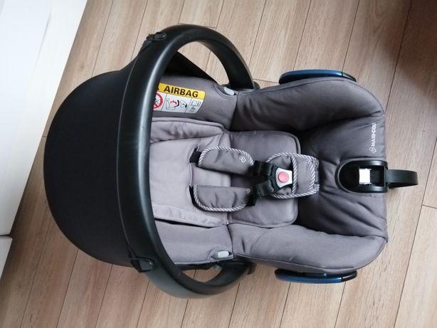 Fotelik nosidełko Maxi Cosi Citi gratis adaptery