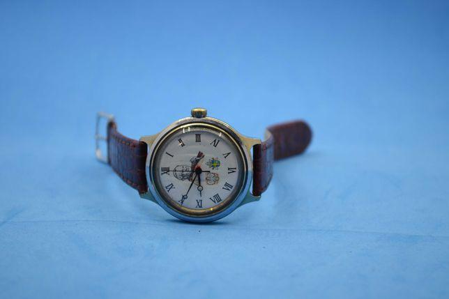 Часы наручные Восток (Папа Римский; СССР)