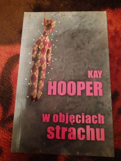 Kay Hooper W objęciach strachu książka