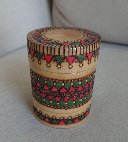 Pudełko drewniane zdobione PRL