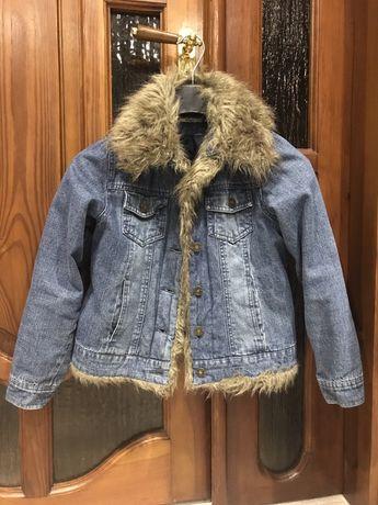 Куртка джинсова на 9-10років