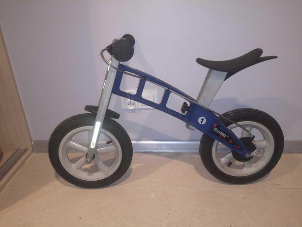 First bike rowerek biegowy