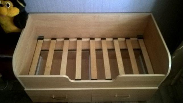 Кровать детская c бортиками + матрас