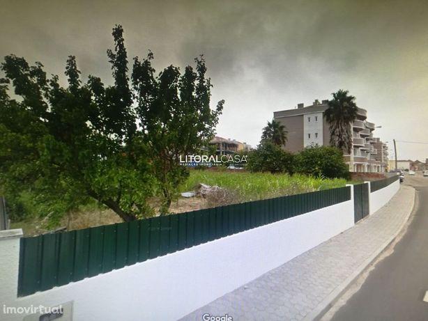 Terreno três frentes centro Aveiro