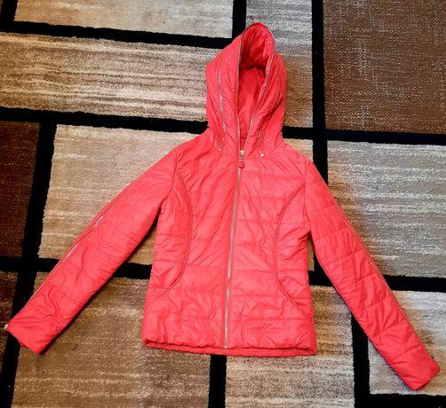 Продам куртку для подростка