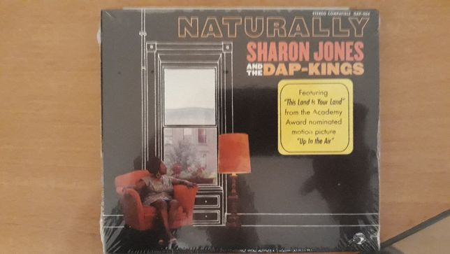 Sharon Jones and the Dap-Kings - Naturally