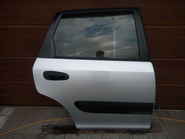 Honda Civic VII HB 5d 00-06 - Drzwi tył tylne prawe kpl. NH583M