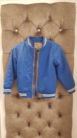 демисезонная куртка  на 7 лет, рост 122- 128