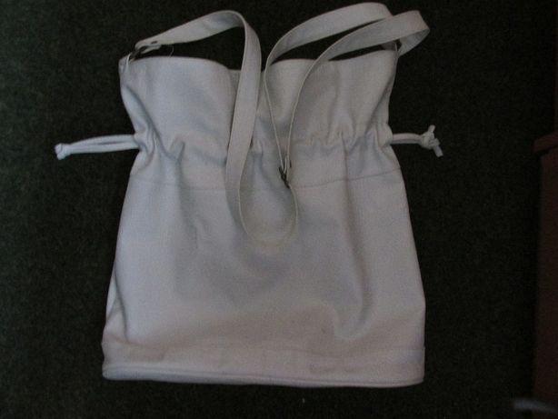 Skórzana torba-worek,biała.