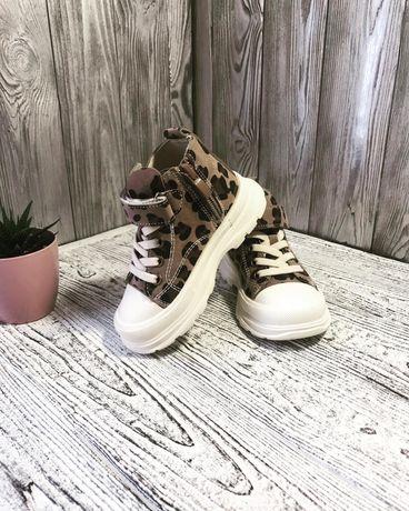 Хайтопи, кеди, кросівки для дівчинки розміри: 21, 23