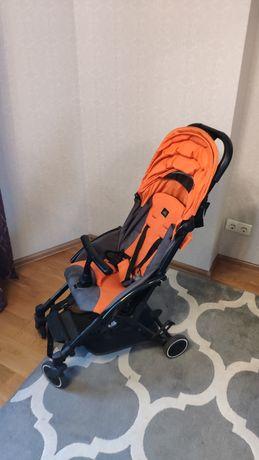 Продається прогулянкова коляска Cam Cubo (помаранчева)
