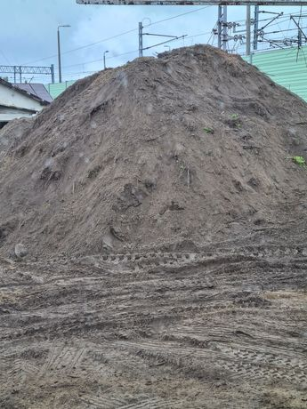 Humus czrnozem ziemnia na poniesene terenu
