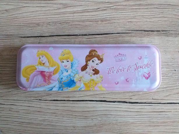 Metalowy piórnik Disney księżniczki