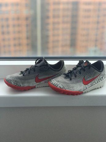 Продам сороконожки,футзалки,обувь для футбола Nike Neymar