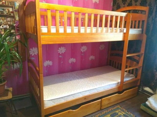 Акция двухьярусная кровать Карина с дерева , без предоплаты .