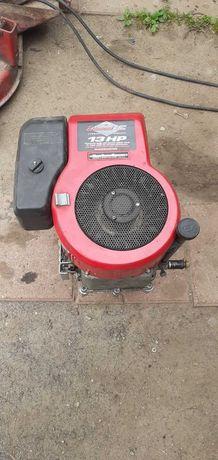 Silnik Spalinowy Briggs&Stratton 13KM I/C