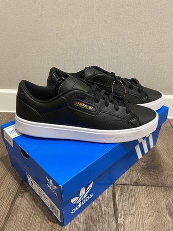 Кроссовки Adidas SLEEK W