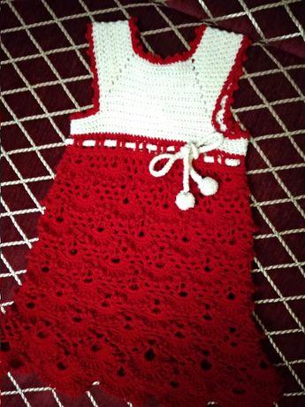 Теплое вязанное платье, нарядное