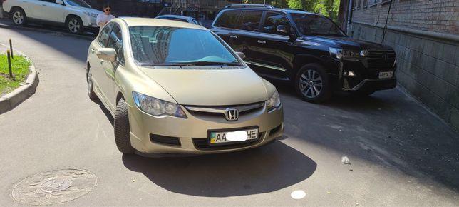 Авто Civic 4D