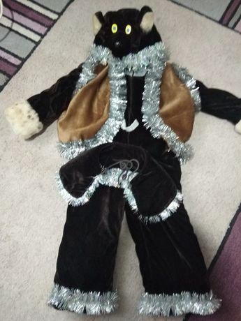 Новорічний костюм ведмедика