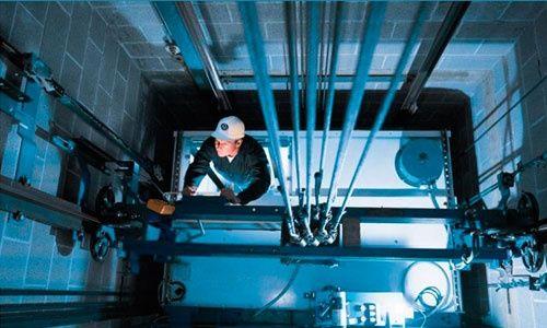 Техническое обслуживание и ремонт лифтов любых производителей.