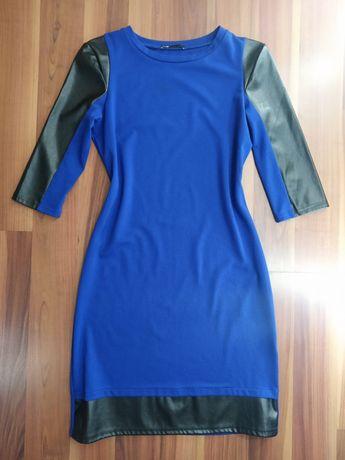 Женское синее платье oodji с черными вставками под кожу