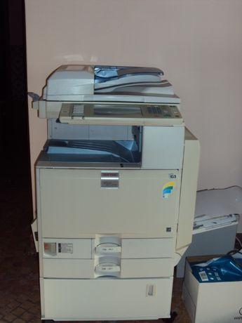 Fotocopiadora Ricoh MPC 2500