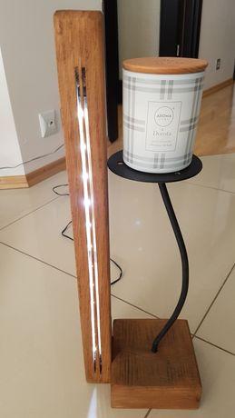 Lampka stolowa LED dębowa
