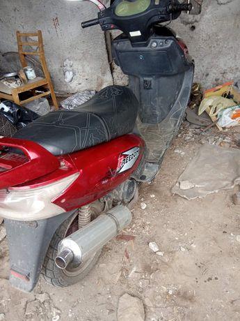 Скутер Хорса 150 куб