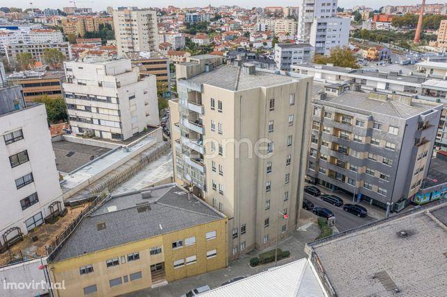 Apartamento T3 em Vila Nova de Gaia, Devesas