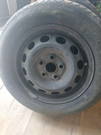 Колеса,шини літні на дисках на шаран. 205/60 r15