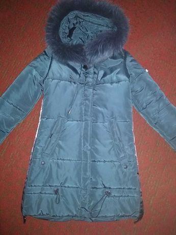 Продам зимнюю куртку, пуховик, пальто