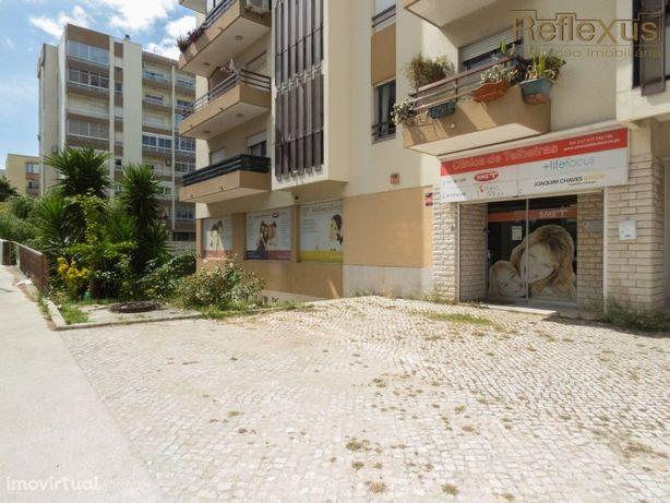 Clinica c/ 346m2 para venda em Telheiras