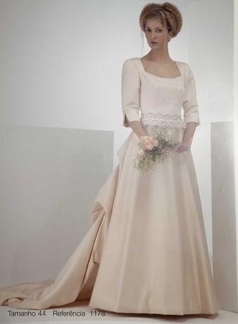 Vestido de Noiva Sposa Nova 1178