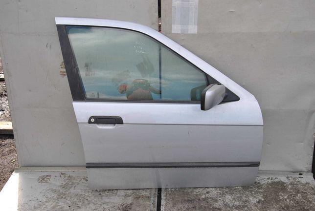 Drzwi prawy przód BMW E 36 sedan