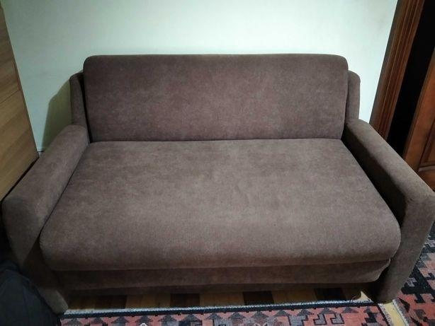 продаю диван і два крісла